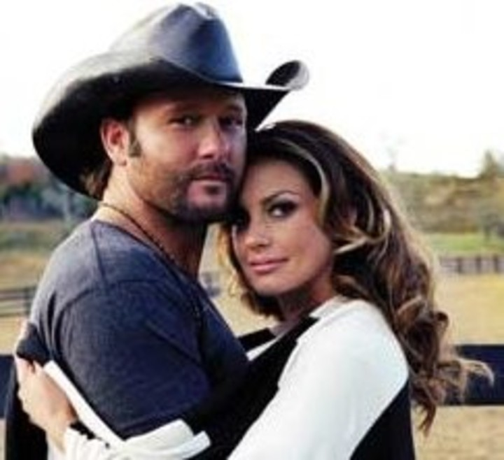 Tim McGraw & Faith Hill @ Bridgestone Arena - Nashville, TN