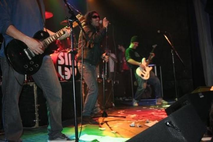 Sin ley Tour Dates