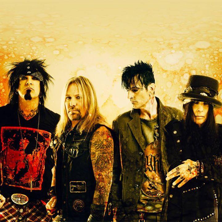 Mötley Crüe @ Riverbend Music Center - Cincinnati, OH