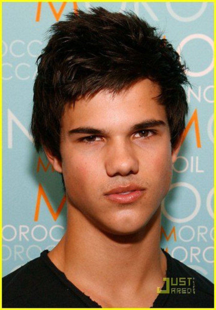 Taylor Lautner Tour Dates