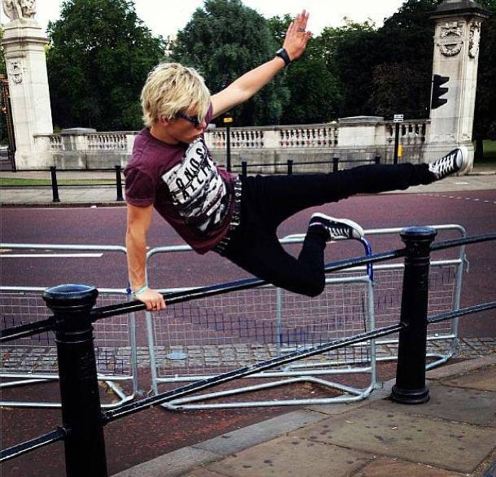 Ross Shor Lynch Tour Dates