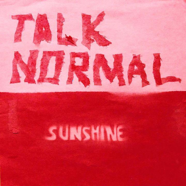 Talk Normal @ Le Divan Du Monde - Paris, France