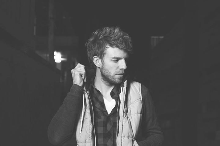 Andrew Belle @ Harlow's Restaurant and Nightclub - Sacramento, CA