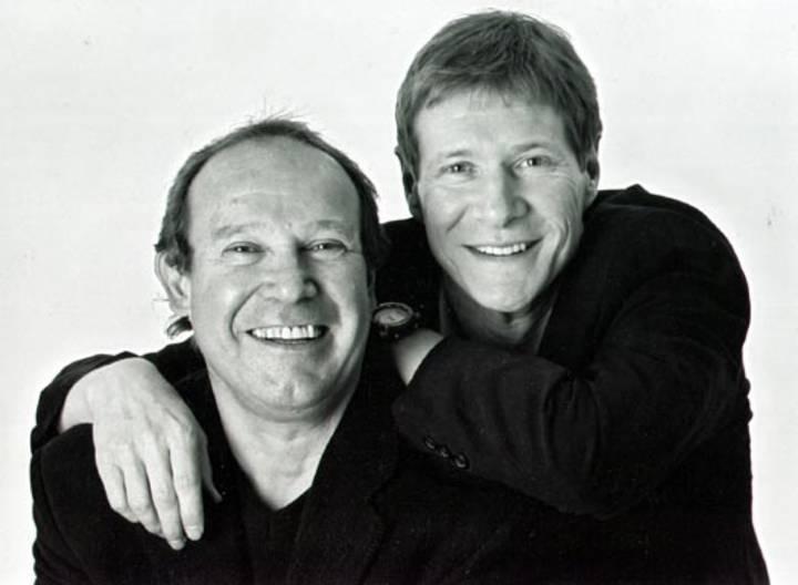 Paul Jones & Dave Kelly @ West End Centre - Aldershot, United Kingdom