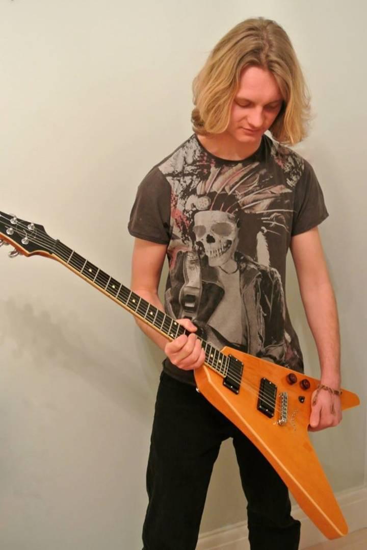 Kayde Hill- Guitarist, Song writer Tour Dates