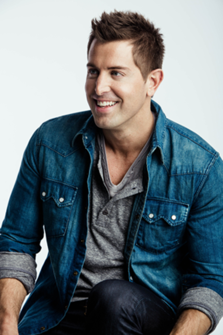 Jeremy Camp @ Folies Bergere - Paris, France