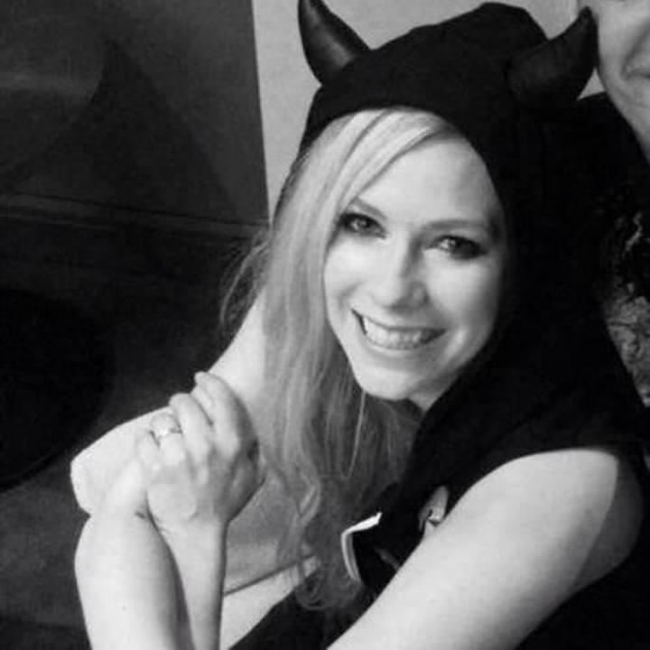 Avril Lavigne France Tour Dates