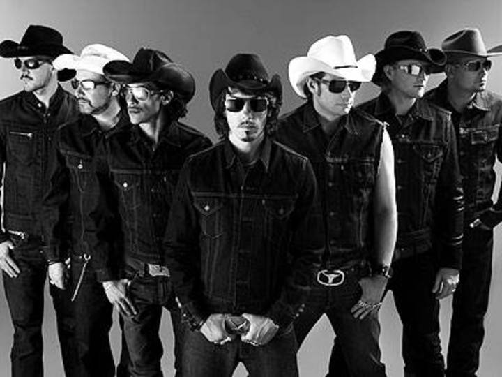 The BossHoss @ Lanxess Arena - Cologne, Germany