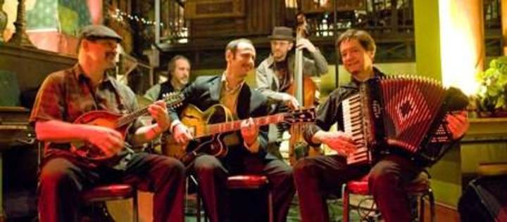Dan Newton's Cafe Accordion Orchestra Tour Dates