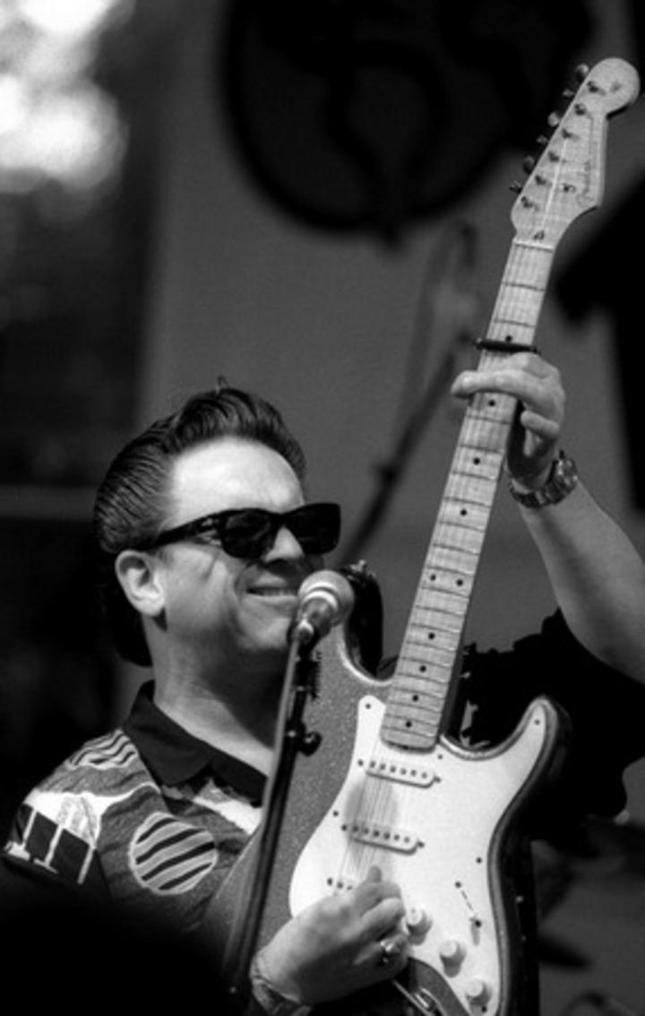 Jimmie Vaughan @ THE RHYTHM ROOM - Phoenix, AZ