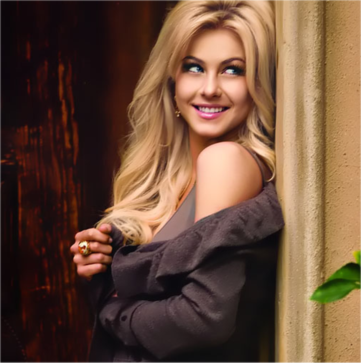 Julianne Hough Tour Dates