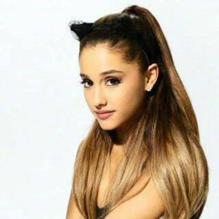 Ariana Grande Updates Tour Dates