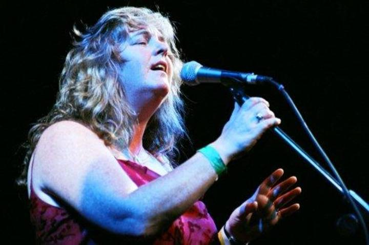 Niamh Parsons @ Institute - Guildford, United Kingdom