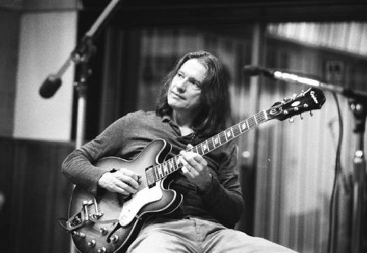 Robben Ford @ LA SOURCE - Fontaine, France