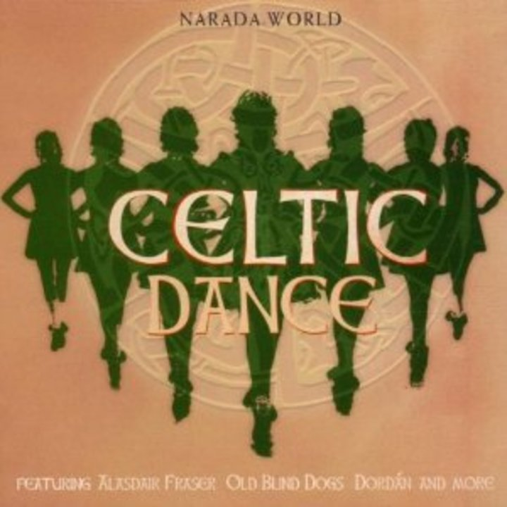CELTIC DANCES @ KABARET CHAMPAGNE MUSIC HALL - Tinqueux, France