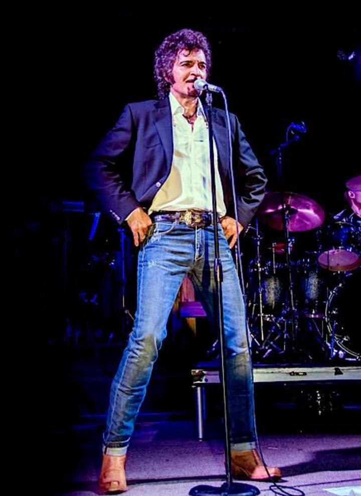 Gino Vannelli @ Music Hall Center - Detroit, MI