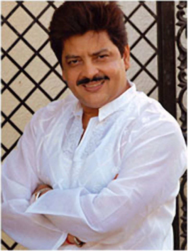 Udit Narayan @ Leicester Arena - Leicester, United Kingdom
