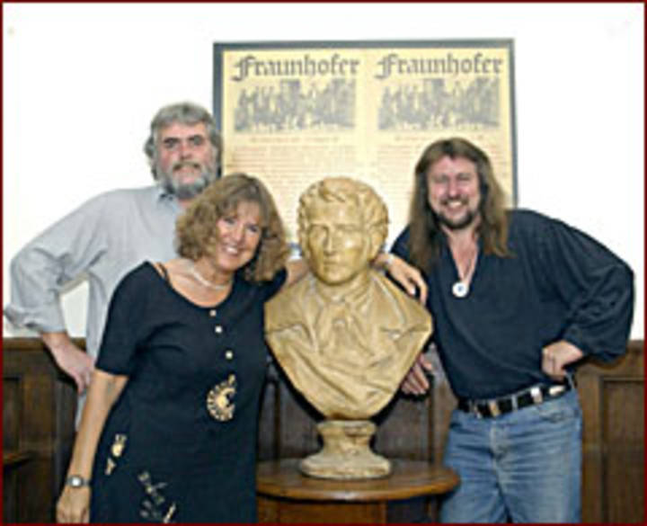 Fraunhofer Saitenmusik Tour Dates