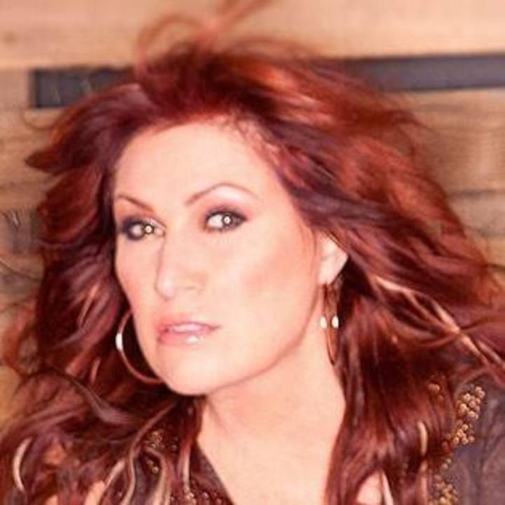 Jo Dee Messina @ Music Box Theatre at Hersheypark - Hershey, PA