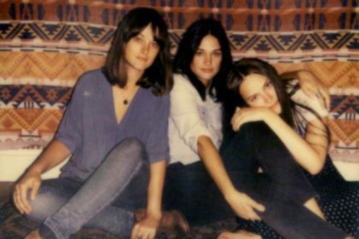 The Staves @ The Federal Bar - North Hollywood, CA