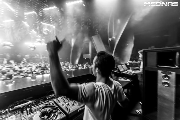 DJ Mednas @ LIV NIGHTCLUB - Miami Beach, FL