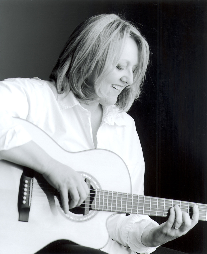 Connie Kaldor Tour Dates