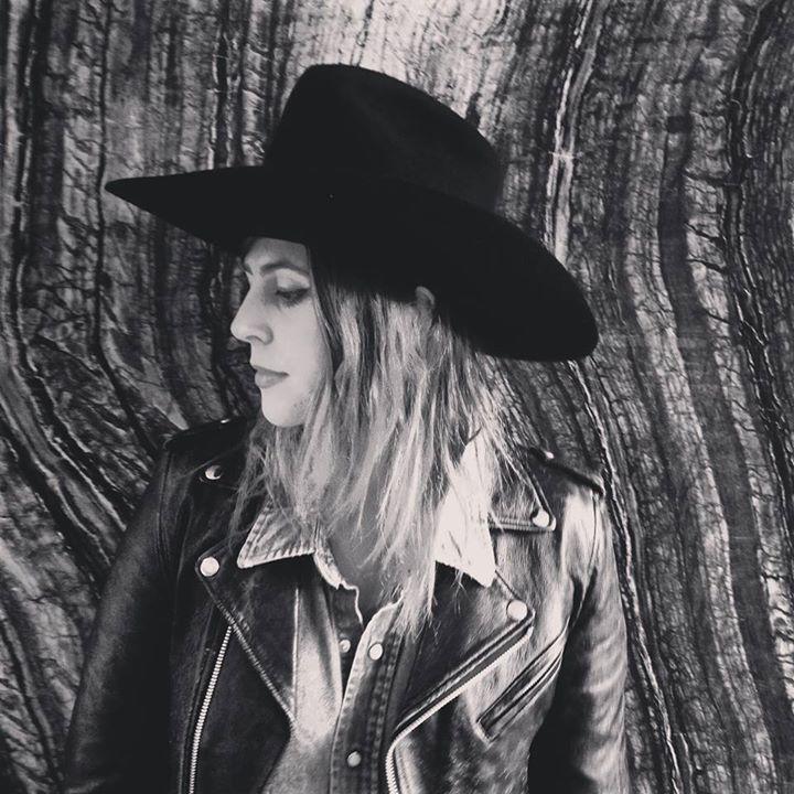 Jillette Johnson @ Canyon Club - Agoura Hills, CA