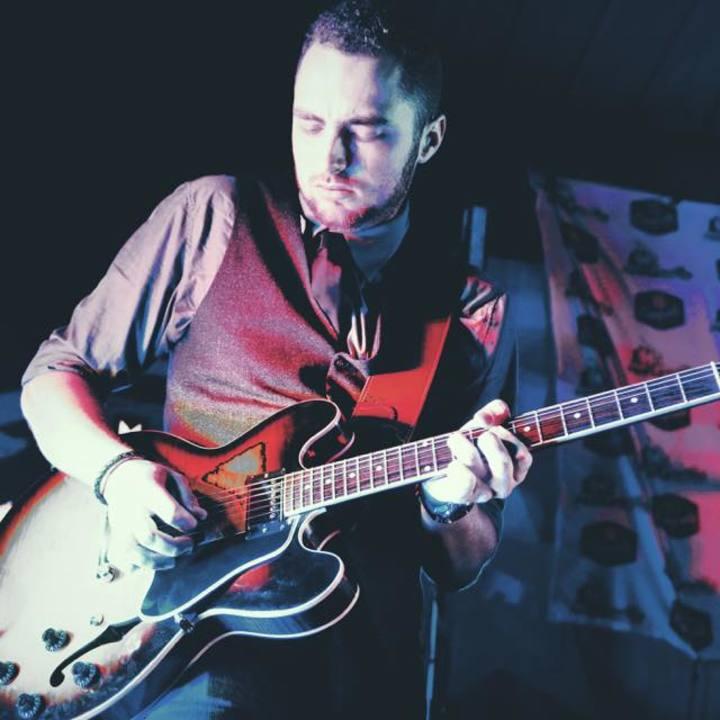 Rhett Shull (Guitarist) @ Mexicali - Teaneck, NJ
