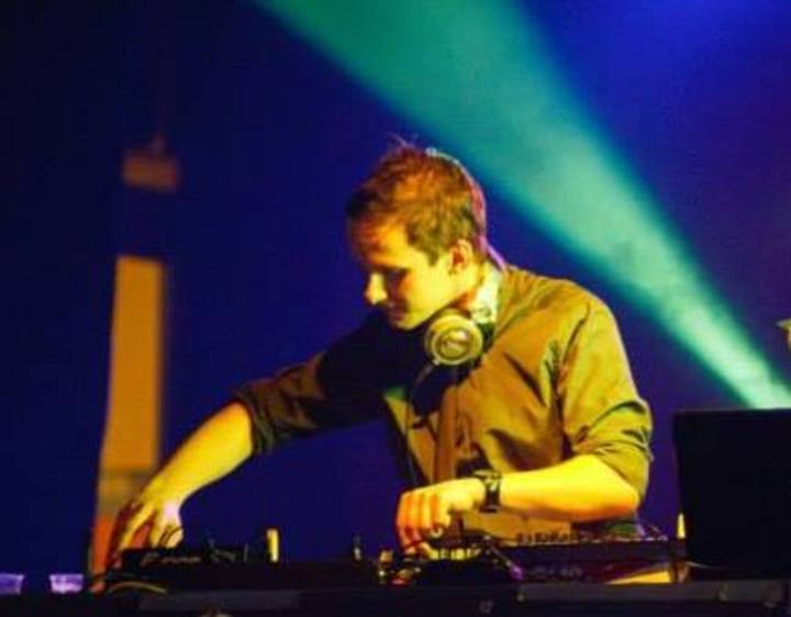 DJ Lisik Tour Dates