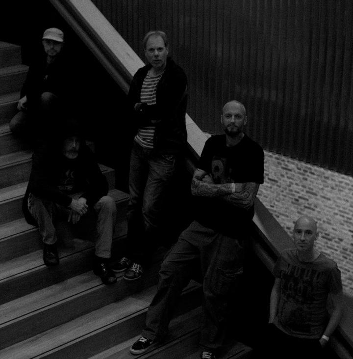 Downriver Dead Men Go @ Live 071 radio - Leiden, Netherlands