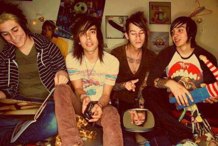 Keep Calm and Hear Pierce The Veil :3 Tour Dates