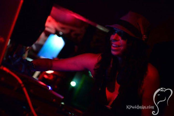 urBn:LgNd Tour Dates