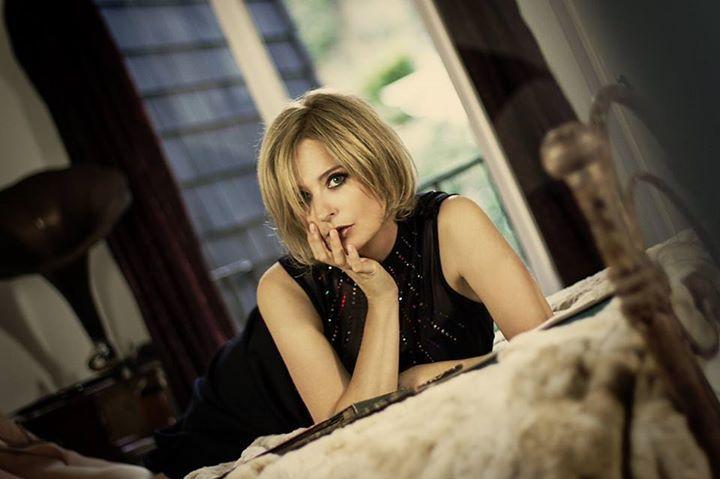 Julia Fordham @ The Stables - Stony Stratford, United Kingdom