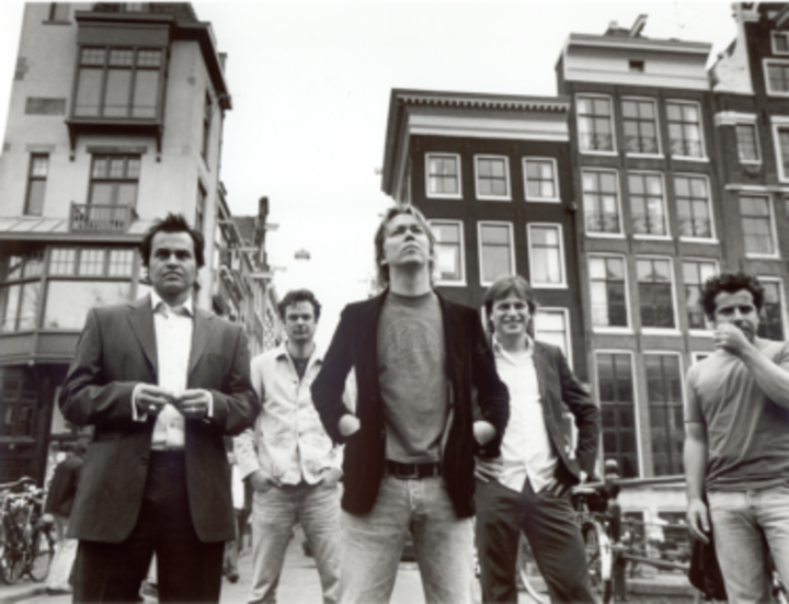Van Dik Hout Tour Dates