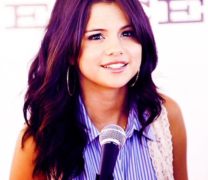 Selena Gomez - Fans Tour Dates