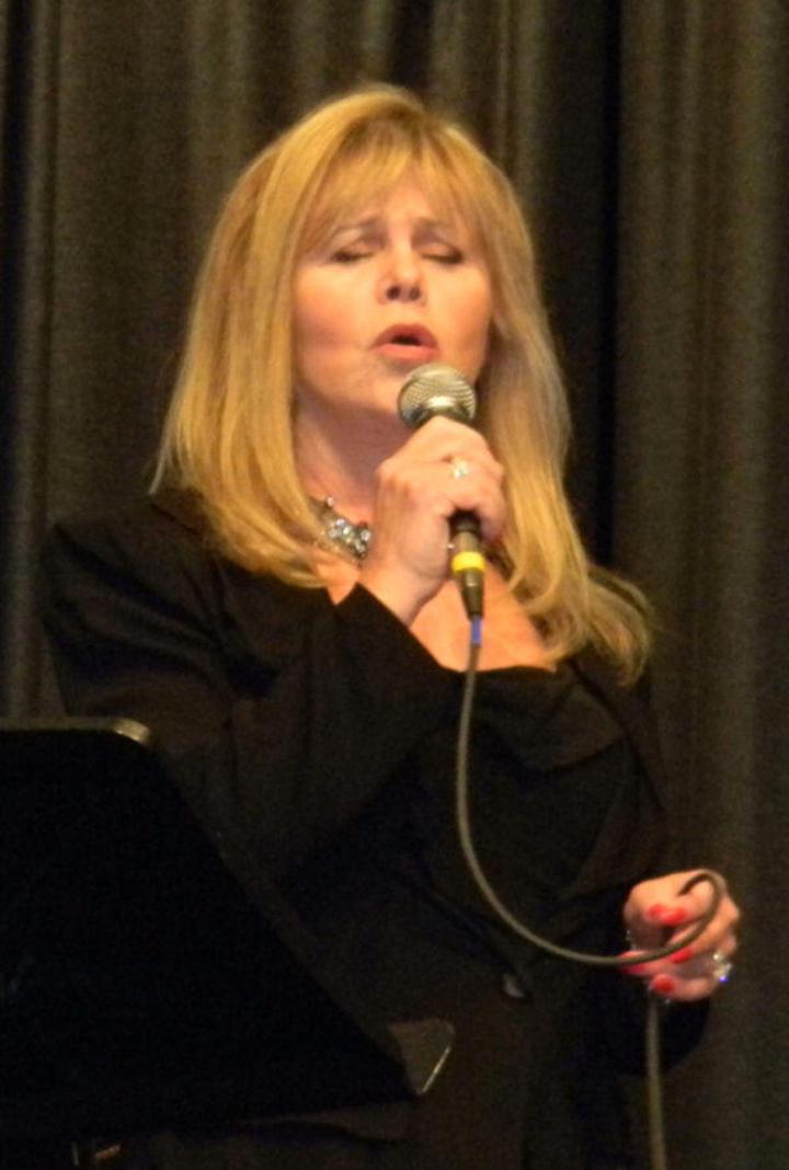 Donna Byrne Tour Dates