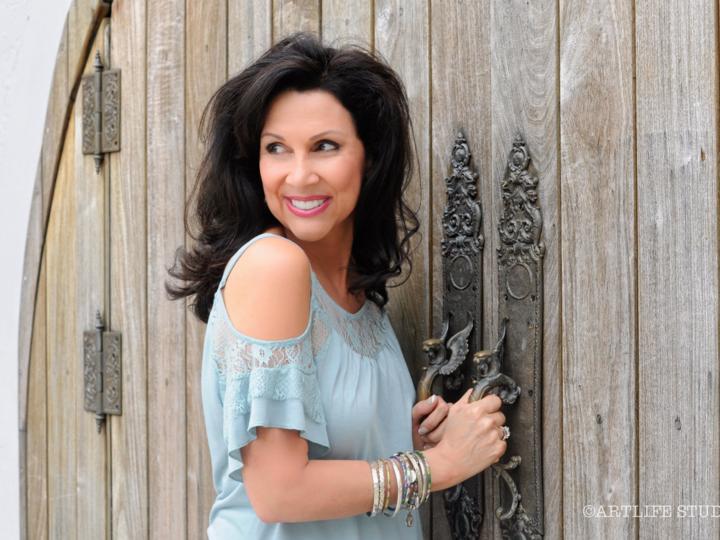 Debbie Orta @ Pinecrest Gardens Banyan Bowl - Pinecrest, FL