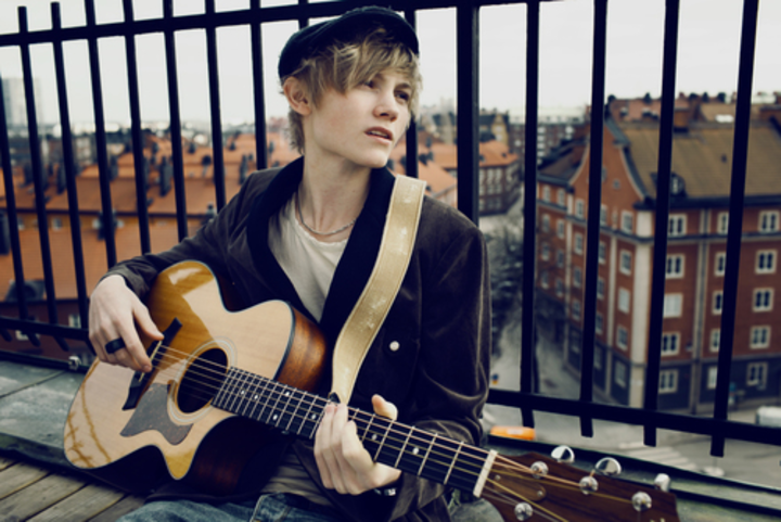 ulrik munther Tour Dates