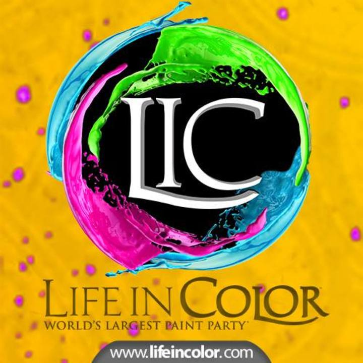 "Life In Color ""World's Largest Paint Party"" @ U.S. Bank Arena - Cincinnati, OH"