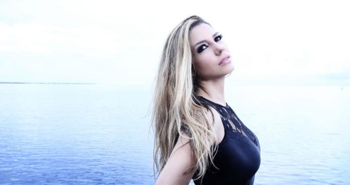 LENA BURKE @ HOY COMO AYER - Miami, FL