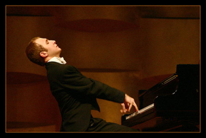Alexander Gavrylyuk @ Philharmonie de Paris - Paris, France
