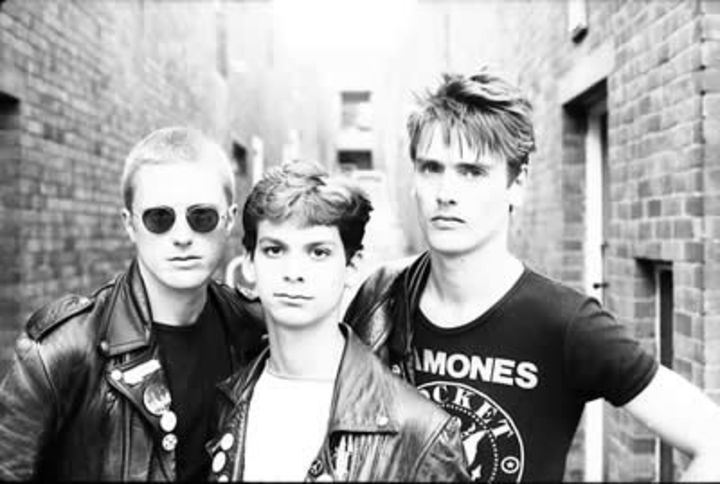 The Newtown Neurotics @ The Fox And Newt - Leeds, United Kingdom