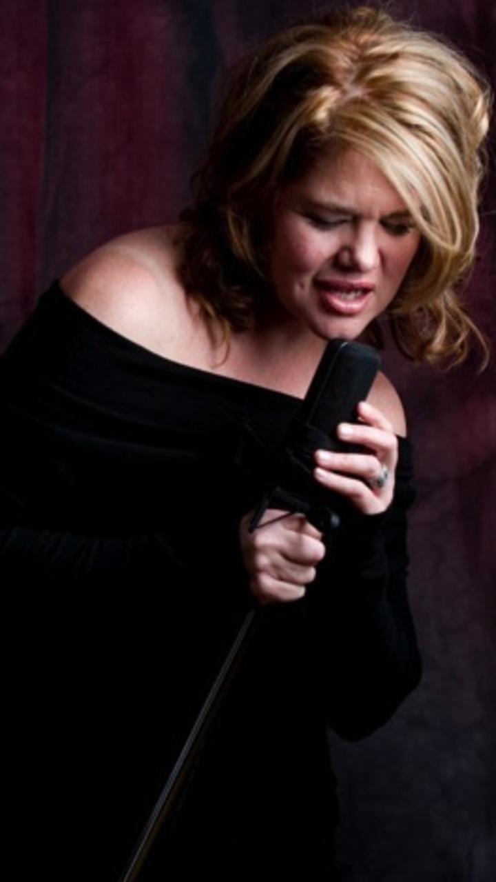 Meredith Marshall Tour Dates