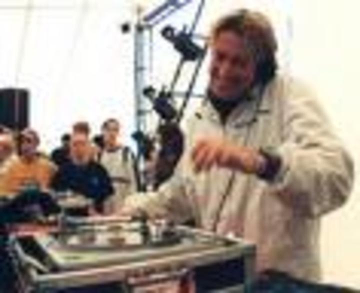 DJ Scott Henry Tour Dates
