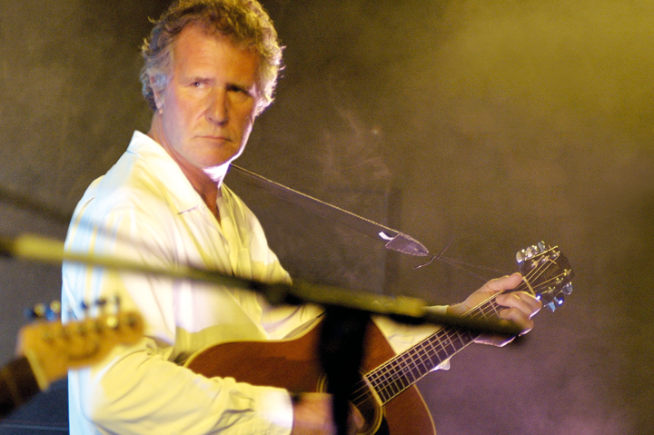 John Illsley @ Blues Garage Isernhagen - Isernhagen, Germany
