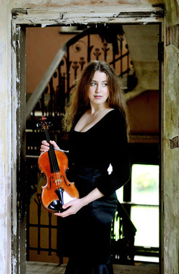 VILDE FRANG Tour Dates
