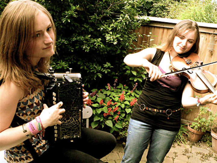 The Askew Sisters Tour Dates
