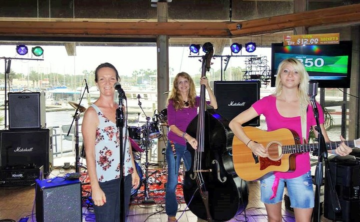 Willow (Quartet) @ Wolfy's Waterfront Bar N' Grill - Sanford, FL