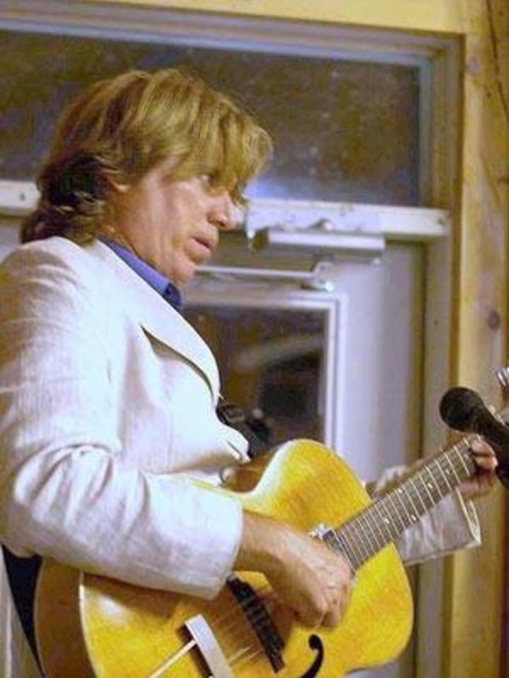 Tom Mitchell Swing Guitar Tour Dates