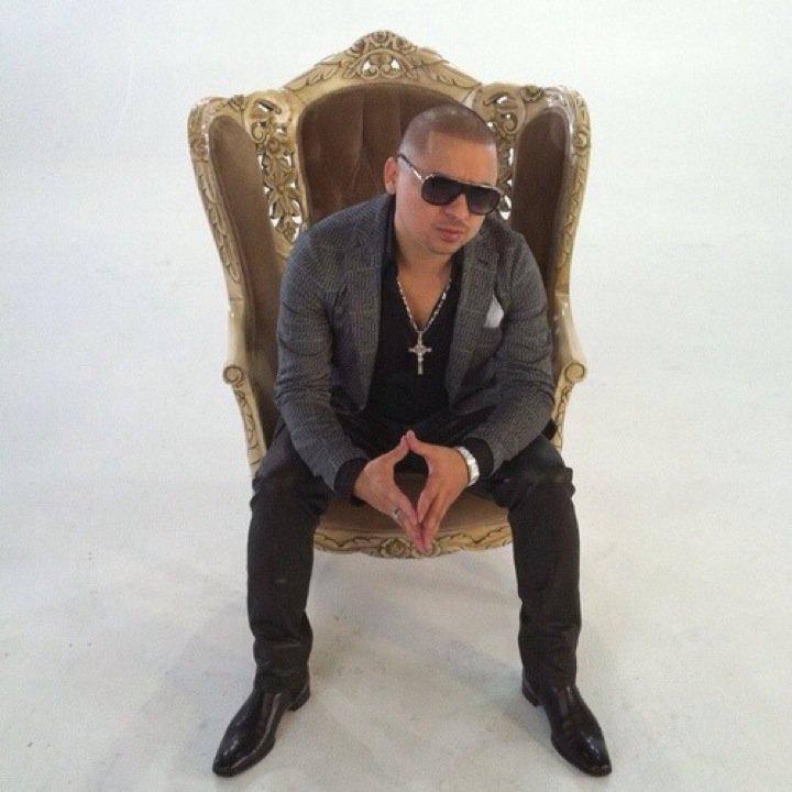 Larry Hernandez Tour Dates